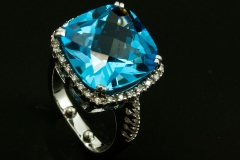 Blue topaz and diamond set in 14kw