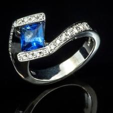 14kw Sappire and Diamond ring