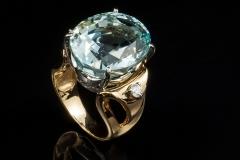 14ky Aqua and diamond ring