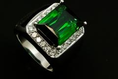 Green tourmoline and 3.00ctw of diamonds set in 18kw