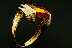 Citrine and diamond rind set in 18ky