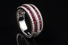 Ruby and diamond ring set in 14kw