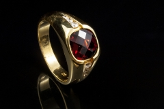 gents 14ky Garnet and diamond ring