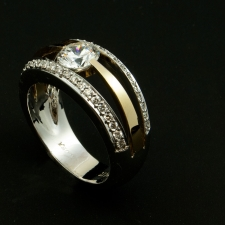 14ktt diamond ring with 1ct center