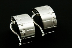 14kw diamond omega clip earrings