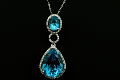14kw blue topaz and diamond pend