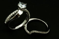 14kw diamond wedding set