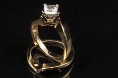 14ky diamond wedding set